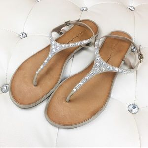 Chinese Laundry Bling Thong Sandals sz 9